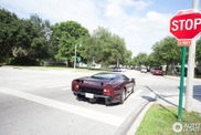 Topspot in the United States: bordeaux red Jaguar XJ220