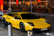 Yellow Lamborghini Murciélago LP670-4 SV looks amazing