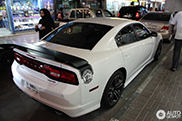 Primeur: Dodge Charger SRT-8 Super Bee 2012