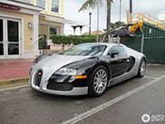 Besitzer zeigt seinen Bugatti weltweit, von Miami bis Monaco!