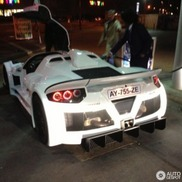 Gespottet in London – Gumpert Apollo