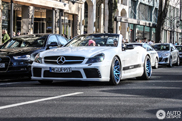 Tuned Mercedes-Benz SL 55 AMG appears on the Königsallee