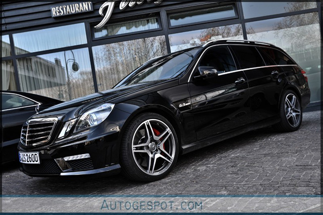 Gespot: Mercedes-Benz E 63 AMG Estate S212