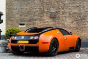 Spot van de dag: de oranje Bugatti Veyron 16.4