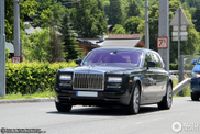 Is new better? First Rolls-Royce Phantom Series II spotted!