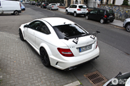 Unexpected brutal: Mercedes C63 AMG Coup Black Series in white!