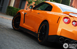 Photoshoot: Nissan GT-R  in Arancio Borealis