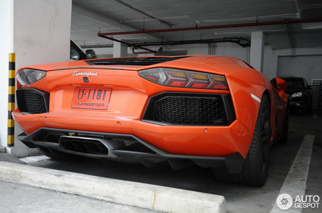First Lamborghini Aventador LP700-4 spotted in Thailand!