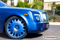 Typical American: 24 inch on a Rolls-Royce