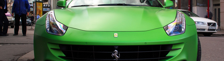 Gekocht met emotie: matgroene Ferrari FF