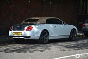Net een beetje te? Getunede Bentley Continental Supersports Convertible in Londen