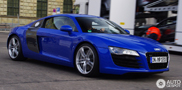 Sprint Blue, a lovely colour on the Audi R8!