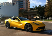 Movie: racing your Ferrari F12berlinetta in the mountains