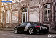 Just like in a magazine: beautiful Audi R8