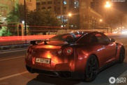Spotted: Nissan GT-R in red chrome!